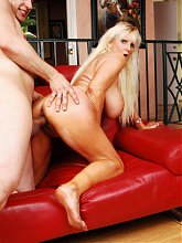 Big titty granny Tia Gunn sucking off a huge dick and giving it a ride during a webcam show